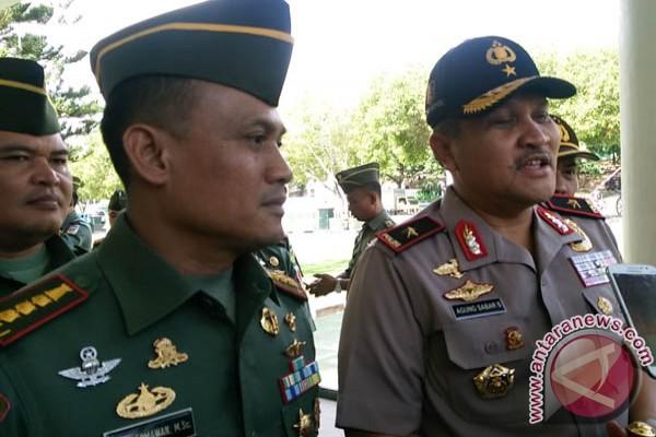 TNI-Polri Sinergi Dampingi Petani Menanam