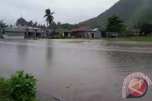 Tiga Desa Di Kabaena Diterjang Banjir Bandang
