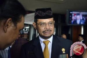 Gubernur Puji Karya Fenomenal Wali Kota Makassar
