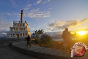 Sulteng Benahi Destinasi Wisata Tingkatkan Kunjungan Wisatawan