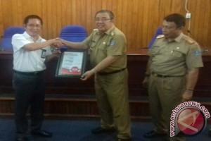 Pemkot Kendari Raih Penghargaan Smart City Nusantara