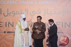 PENGHARGAAN GLOBAL ISLAMIC FINANCE 2016
