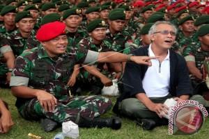 PANGLIMA TNI KUNJUNGI GRUP I KOPASSUS