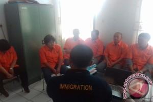 Imigrasi Kendari Amankan Enam WNA Asal Tiongkok