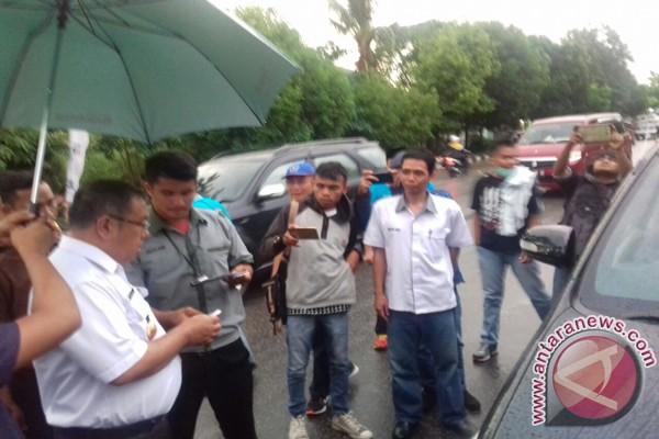 Pemkot Kendari Luncurkan Parkir Elektronik Tepi Jalan
