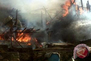 Lima Rumah Warga Di Baubau Terbakar