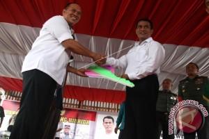 Menteri Pertanian Tanam Jagung Hibrida