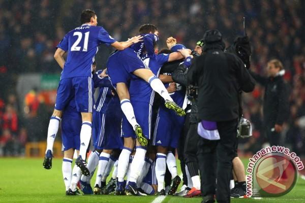 Hasil dan klasemen Liga Inggris, Chelsea jaga jarak aman
