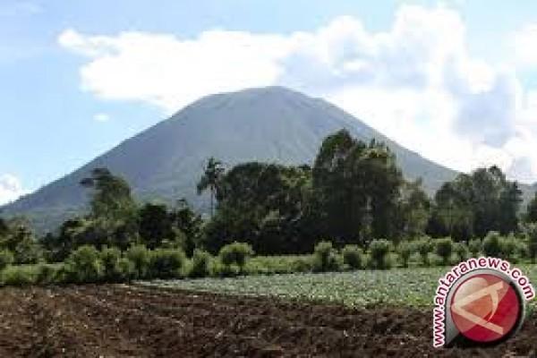 Dua Pendaki Gunung Mekongga Belum Ditemukan