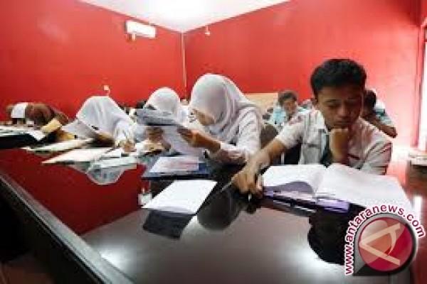 Dikbud: Siswa Akan Lewati Tiga Tahapan Ujian