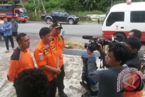 Basarnas Evakuasi Dua Jenazah Pendaki Gunung Mekongga