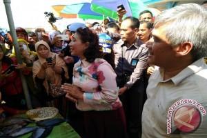 Menteri Susi Imbau Nelayan Kendari Bentuk Koperasi