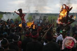Pembakaran Ogoh-Ogoh, Peringati Hari Nyepi