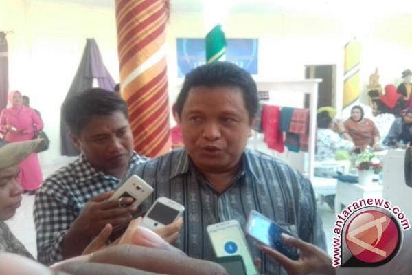 Bupati: Siswa SD Di Muna Pandai Menenun
