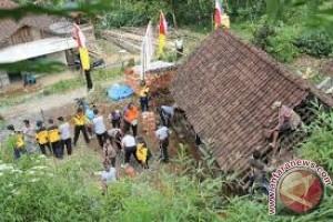 Baubau Dapat Bantuan Bedah Rumah 300 Unit
