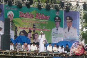Ustad Habib Ajak Umat Islam Perbanyak Salawat