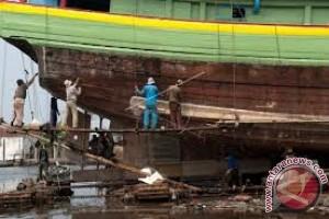 Perusahaan Galangan Kapal Kesulitan Bahan Baku