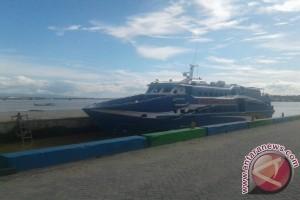 Penumpang Kapal Antarpulau  di Sultra Masih Normal