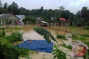 Komisi V DPR-RI Tinjau Penanganan Pascabanjir Kendari