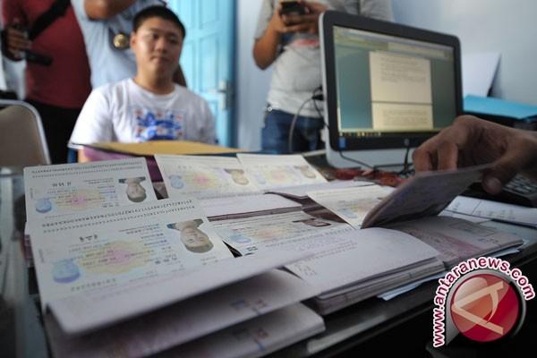 Pemkab Wakatobi Hibahkan Tanah Lokasi Kantor Imigrasi