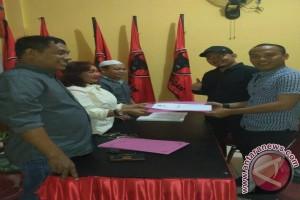 Istri Gubernur Sultra Daftar Cagub di PDIP