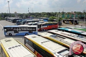 Pemprov Siapkan Bus Ke Masjid Teluk Kendari