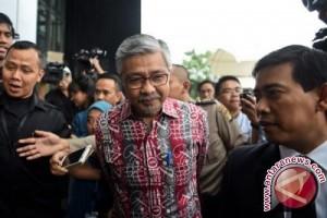 KPK tahan Gubernur Sultra Nur Alam