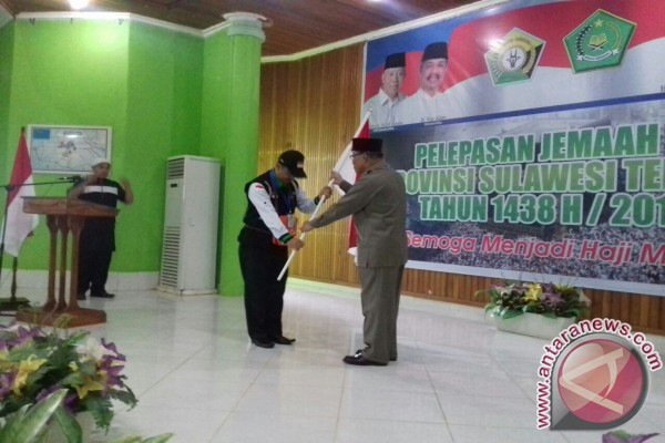 Calon Haji Diminta Doakan Gubernur Sultra Tabah