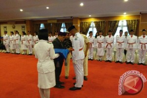 Plt Gubernur Sultra Kukuhkan Anggota Paskibraka 2017