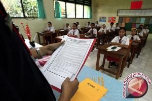 Mahasiswa USN Mengajar Siswa Sekolah Dasar Konawe