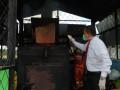 Badan Narltika Nasional Provinsi (BNNP) Sulawesi Tenggara, memusnahkan obat terlarang jenis sabu di insenerator Rumah Sakit Umum Daerah (RSUD) Kota Kendari, Rabu (11/10/2017). Narkotika jenis sabu yang dimusnahkan berasal dari hasil pengungkapan kasus peredaran gelap narkoba oleh tersangka A (35) dan LD (31) yang diketahui telah menyelundupkan narkoba jenis sabu-sabu dari Malaysia hingga dibawa ke Kota Kendari. (ANTARA Foto/ Humas BNNP)
