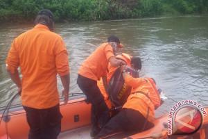 Seorang Bocah Dinyatakan Hilang di Sungai Tamboli