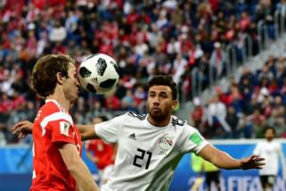 Rusia pimpin grup A berkat menang 3-1 atas Mesir