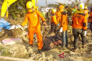 Rmpat jenazah kembali dievakuasi tim sukarelawan Sultra