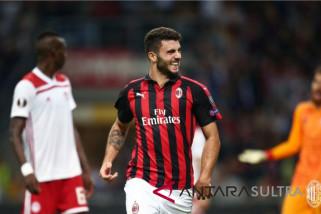 Hasil dan klasemen Grup A-F, Arsenal dan Milan kembali mendulang kemenangan