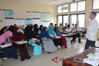 Mahasiswa asal Palu kuliah sementara di IAIN Kendari