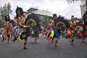 Festival Kuda Lumping Ramaikan HUT Kota Palembang