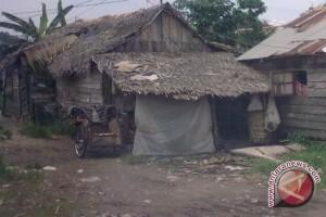 Mensos bedah rumah keluarga miskin Musi Banyuasin