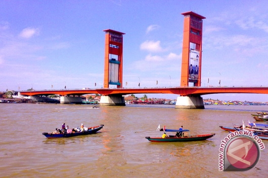 Progres pembangunan jembatan Musi III ditunda