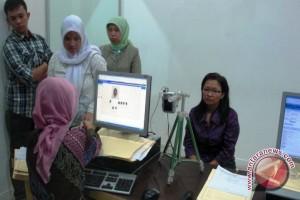 Imigrasi Palembang siapkan petugas bantu pendaftaran daring