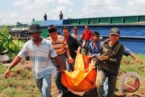 Polres usut kasus penemuan mayat di sungai
