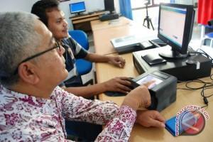 Aliran dana proyek KTP elektronik yang rumit