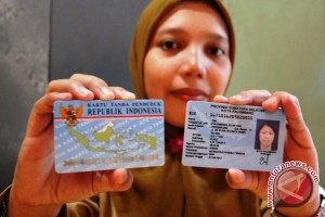 Warga Palembang pertanyakan belum dapat KTP elektronik
