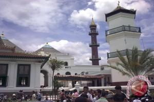 Praktisi: Arah kiblat masjid di Padang menyimpang