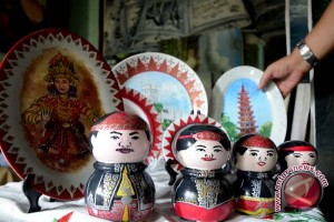 Miniatur keluarga Sultan Palembang jadi cendera mata