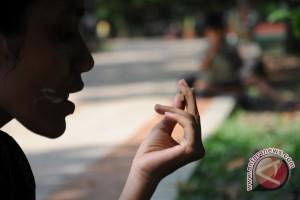 37 persen pelajar terbiasa merokok