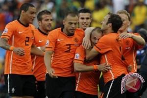 Belanda terancam gagal tampil di Piala Eropa 2015
