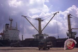 Pelindo relokasi markas TNI-AL Palembang perluas dermaga