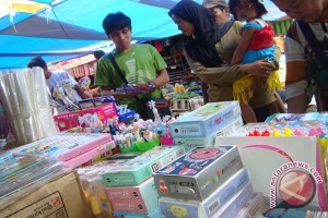 Permintaan perlengkapan sekolah di Palembang masih tinggi