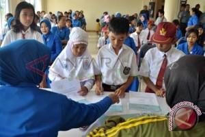 262 sekolah di OKU terima dana BOS